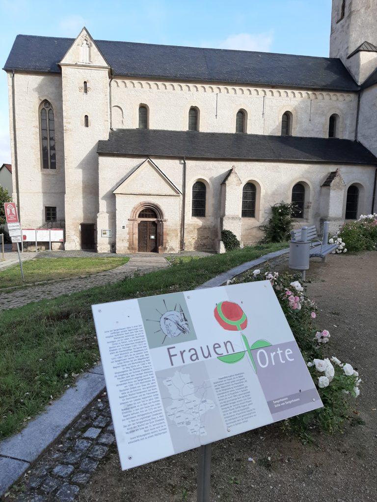 FrauenOrt Jutta von Sangerhausen / Platz vor St.Ulrici-Kirche