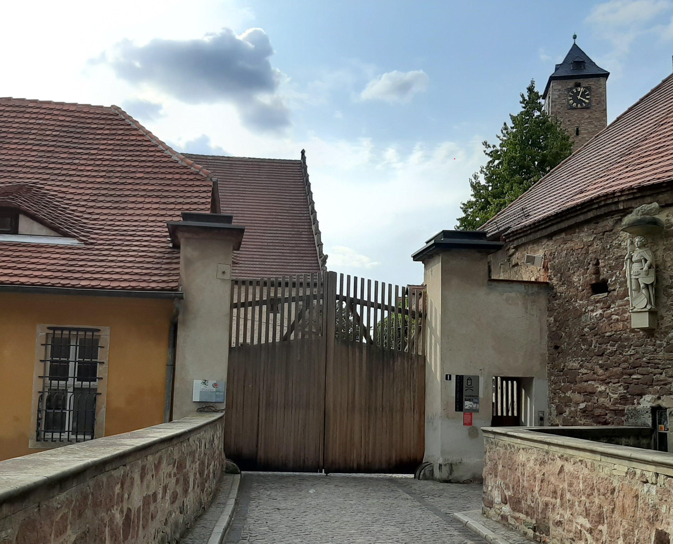 FrauenOrt Kunsthochschule Burg Giebichenstein Halle