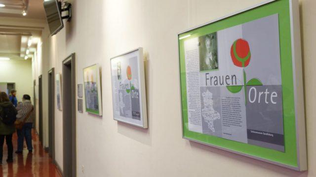 Ausstellung 20 Jahre FrauenOrte im Ratshof in Halle (Saale)