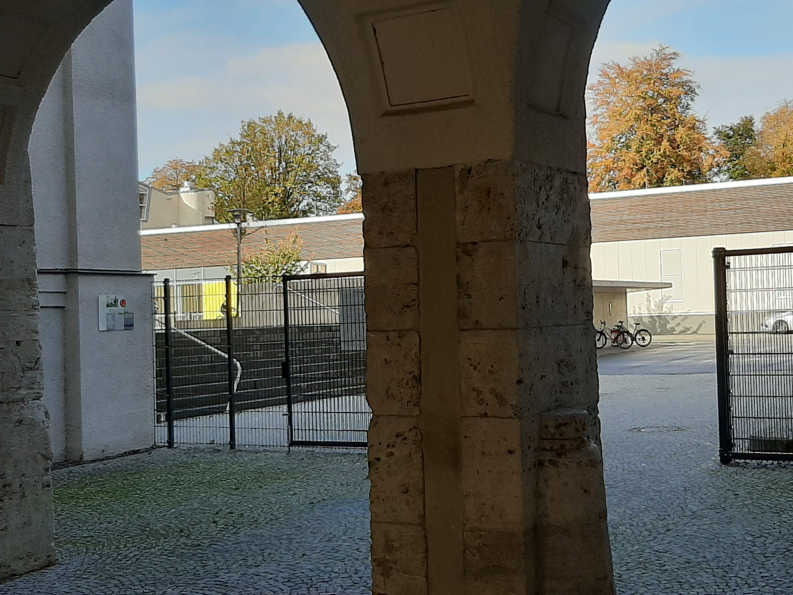 FrauenOrtTafel Aschersleben Am Bestehornpark DreiBogenTor