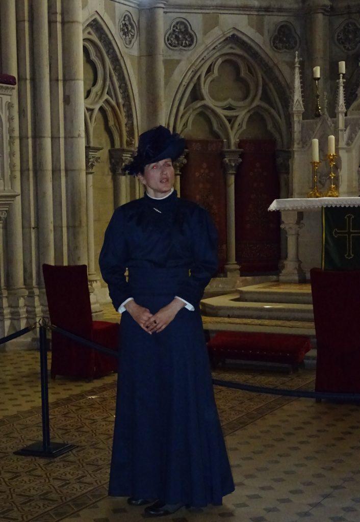 Kustodin Katrin Dziekan alias Gräfin Anna in der Schlosskirche Wernigerode
