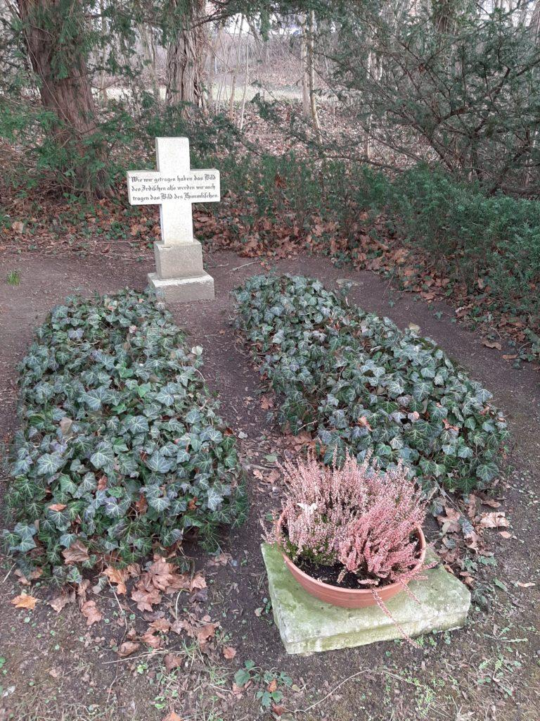 Grabstelle von Marie und Philipp Nathusius in Neinstedt